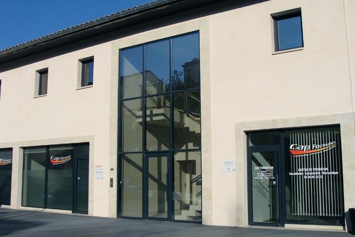 Cap Formation : centre de formation professionnelle continue spécialisé dans le secteur tertiaire à Carpentras.
