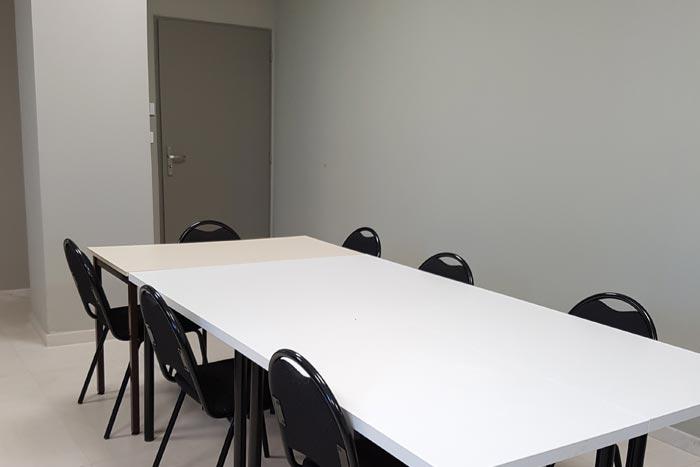 Cap Formation, découvrez notre salle de réunion : un centre de formation professionnelle continue à Carpentras, proche d'Avignon, dans le Vaucluse.