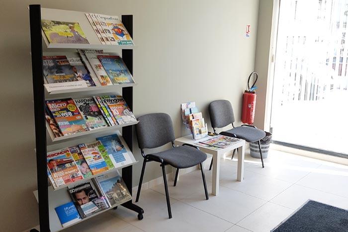Le hall d'entrée de notre organisme de formation professionnelle continue : Cap Formation à Carpentras, proche d'Avignon, dans le Vaucluse.