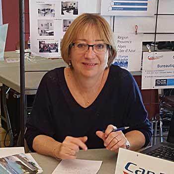 Élisabeth Fizet est la Directrice de Cap Formation, organisme de formation professionnelle continue à Carpentras, proche d'Avignon, dans le Vaucluse.